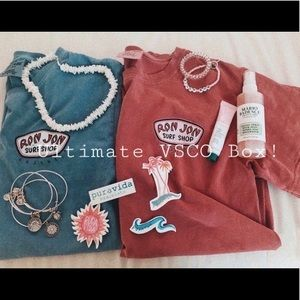 Brandy Melville Other - ULTIMATE VSCO BOX (12 items with a HYDROFLASK!)